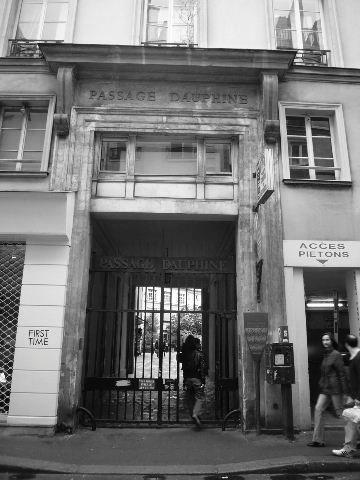 【街角のパッサージュ】Passage Dauphine(パリ)_a0008105_635219.jpg