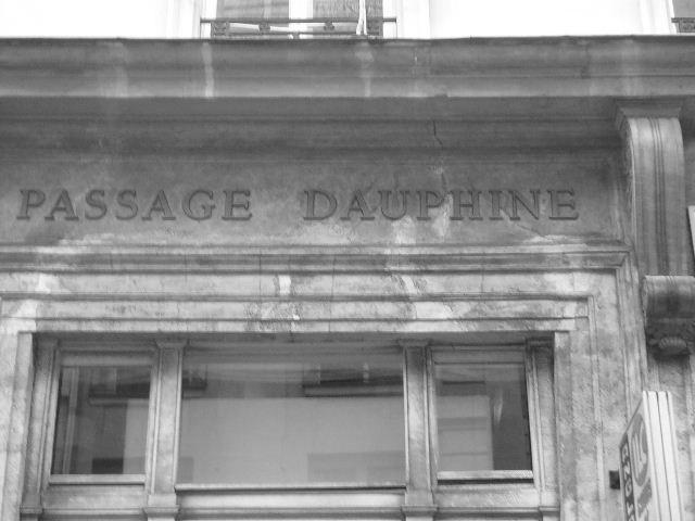 【街角のパッサージュ】Passage Dauphine(パリ)_a0008105_635727.jpg