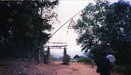思い出の旅ラオス~Memoir:Loas trip part3 *Adventure in Laos* Vol.2~_c0105183_16581662.jpg