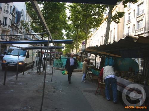 ■8月1日のマルシェから(ラスパイユ大通り、パリ)_a0014299_22482074.jpg
