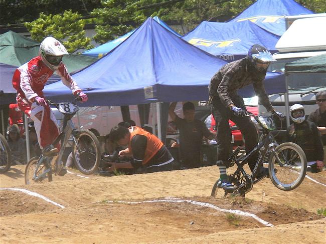 2007緑山JOSF Spring NationalsレースレースVOL4 BMXエキスパートクラス予選〜準決勝画像垂れ流し_b0065730_20544678.jpg