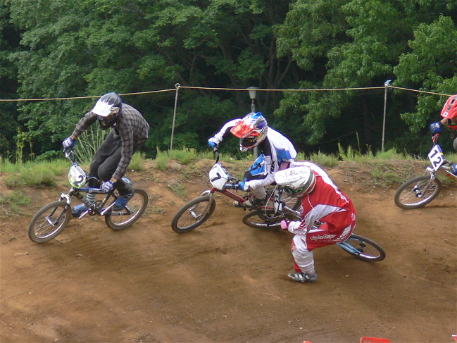 2007緑山JOSF Spring NationalsレースレースVOL4 BMXエキスパートクラス予選〜準決勝画像垂れ流し_b0065730_20564530.jpg