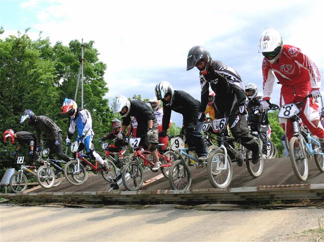 2007緑山JOSF Spring NationalsレースレースVOL4 BMXエキスパートクラス予選〜準決勝画像垂れ流し_b0065730_20573536.jpg
