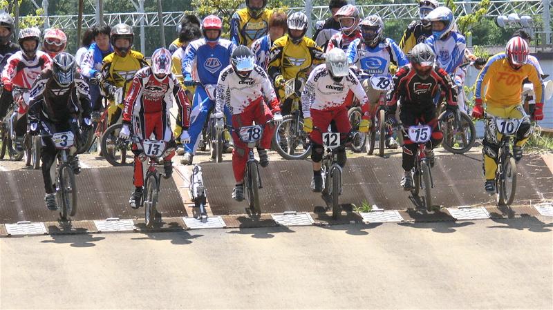 2007緑山JOSF Spring NationalsレースレースVOL4 BMXエキスパートクラス予選〜準決勝画像垂れ流し_b0065730_20593895.jpg