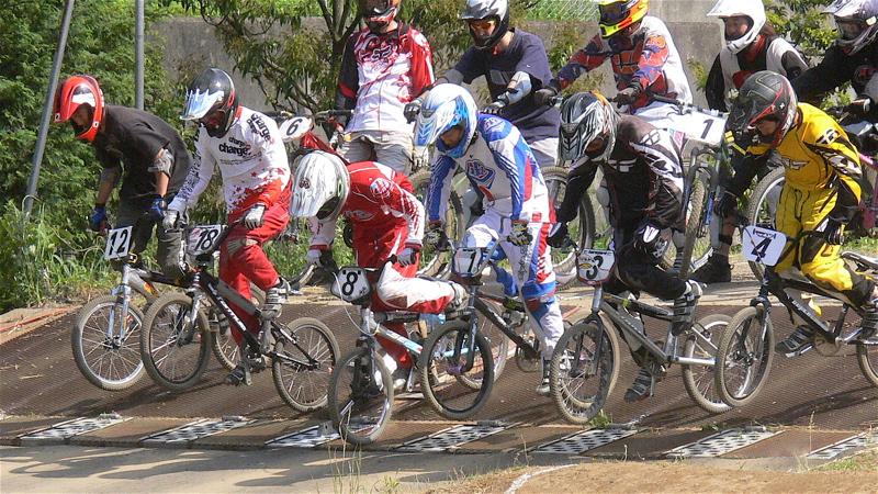 2007緑山JOSF Spring NationalsレースレースVOL4 BMXエキスパートクラス予選〜準決勝画像垂れ流し_b0065730_21175613.jpg