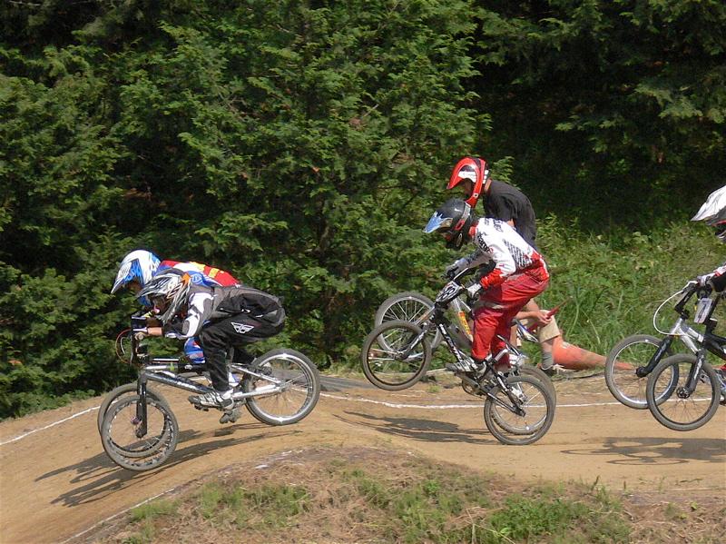 2007緑山JOSF Spring NationalsレースレースVOL4 BMXエキスパートクラス予選〜準決勝画像垂れ流し_b0065730_21181887.jpg