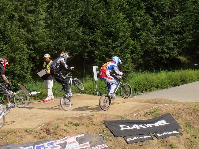 2007緑山JOSF Spring NationalsレースレースVOL4 BMXエキスパートクラス予選〜準決勝画像垂れ流し_b0065730_21185423.jpg