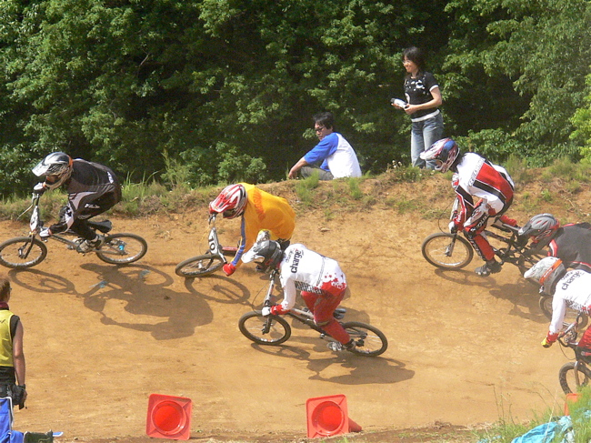 2007緑山JOSF Spring NationalsレースレースVOL4 BMXエキスパートクラス予選〜準決勝画像垂れ流し_b0065730_215165.jpg