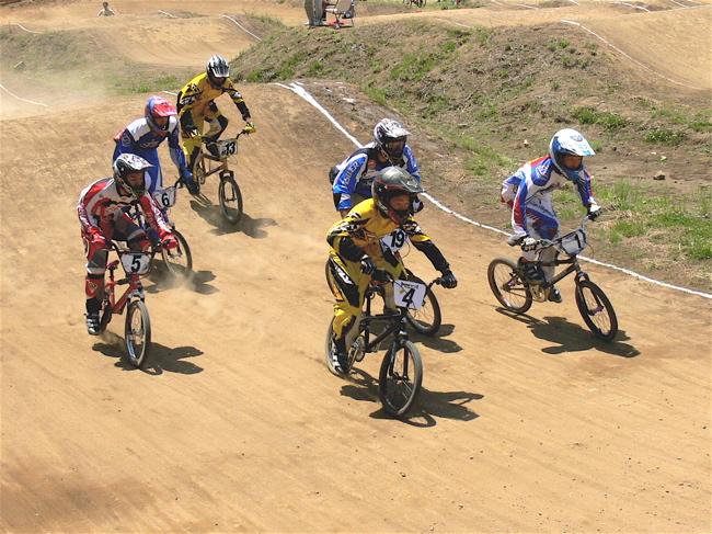 2007緑山JOSF Spring NationalsレースレースVOL4 BMXエキスパートクラス予選〜準決勝画像垂れ流し_b0065730_2183618.jpg
