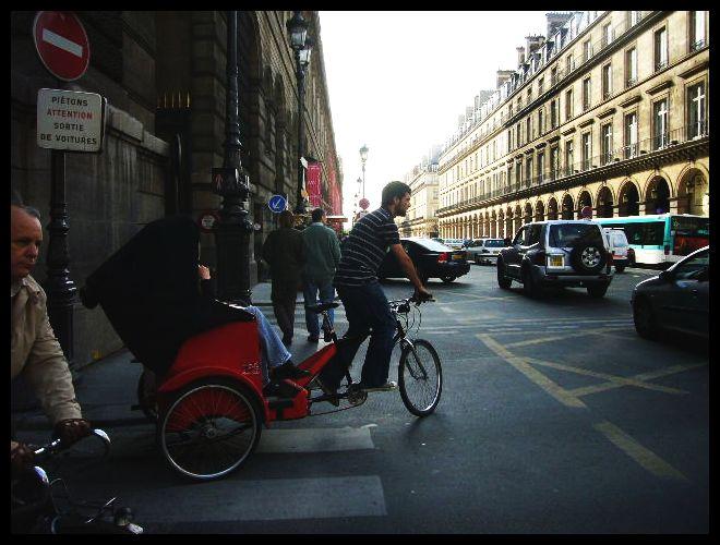 ■街角の自転車(パリ)_a0008105_675333.jpg