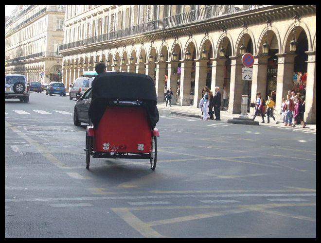 ■街角の自転車(パリ)_a0008105_68771.jpg