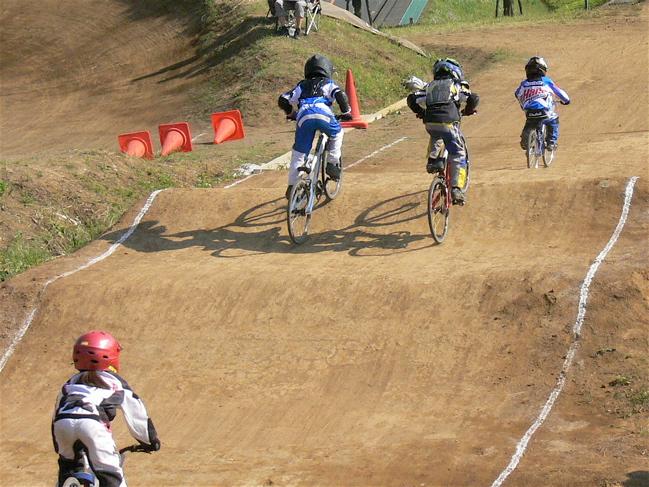2007緑山JOSF Spring NationalsレースVOL9 ミルキー6アンダー〜ミルキー8クラス決勝画像垂れ流し_b0065730_23195842.jpg