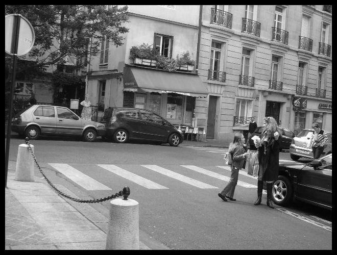 ■親子(パリ)_a0008105_1582817.jpg