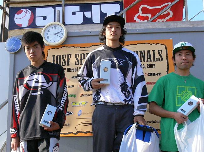 2007緑山JOSF Spring NationalsレースVOL11 14オーバー、30オーバー、マスターズクラス決勝画像垂れ流し_b0065730_2047453.jpg