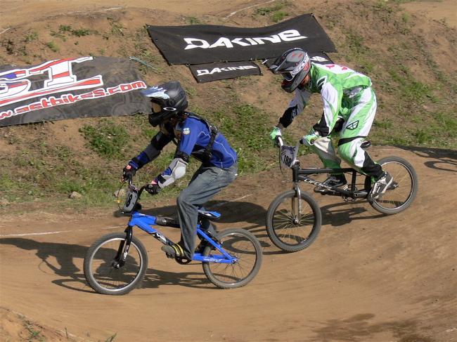 2007緑山JOSF Spring NationalsレースVOL11 14オーバー、30オーバー、マスターズクラス決勝画像垂れ流し_b0065730_20543734.jpg