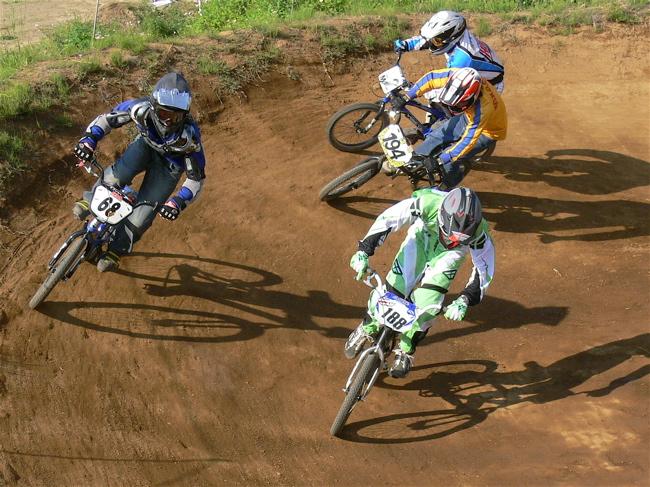 2007緑山JOSF Spring NationalsレースVOL11 14オーバー、30オーバー、マスターズクラス決勝画像垂れ流し_b0065730_20545291.jpg