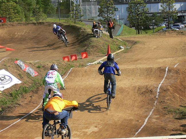 2007緑山JOSF Spring NationalsレースVOL11 14オーバー、30オーバー、マスターズクラス決勝画像垂れ流し_b0065730_20551980.jpg