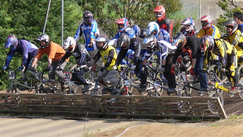 2007緑山JOSF Spring NationalsレースVOL11 14オーバー、30オーバー、マスターズクラス決勝画像垂れ流し_b0065730_2059276.jpg