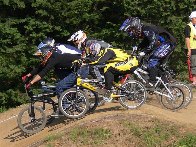 2007緑山JOSF Spring NationalsレースVOL11 14オーバー、30オーバー、マスターズクラス決勝画像垂れ流し_b0065730_210313.jpg