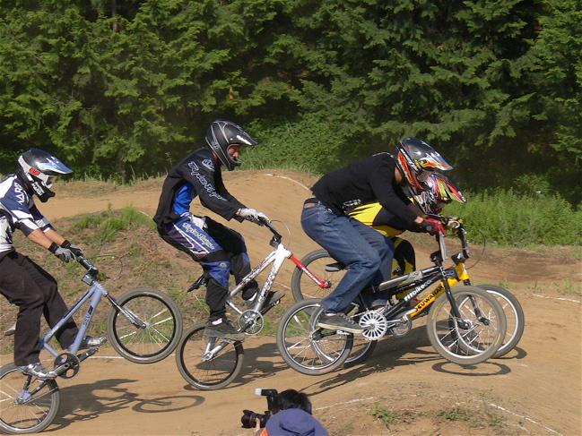2007緑山JOSF Spring NationalsレースVOL11 14オーバー、30オーバー、マスターズクラス決勝画像垂れ流し_b0065730_21144.jpg