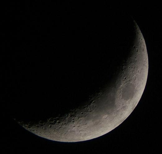 月齢4.3の月と金星(5/21)_e0089232_2319517.jpg
