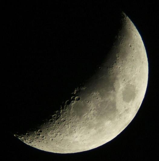 月齢5.3、6.3、7.3の月(5/22-24)_e0089232_2212128.jpg