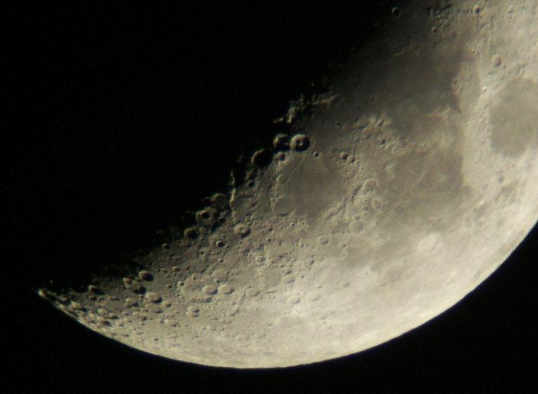 月齢5.3、6.3、7.3の月(5/22-24)_e0089232_2213869.jpg