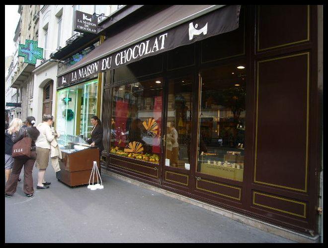 ■街角のアイスクリーム(パリ)_a0014299_10505631.jpg