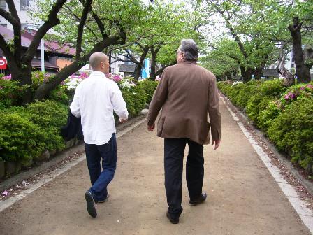 アラン・デュカス 来日 その4(07年4月) 鎌倉の休日_e0019199_17104133.jpg