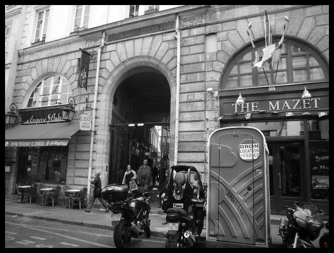 【パッサージュ】Cour du Commerce ST ANDRE(パッサージュ)_a0008105_5531270.jpg