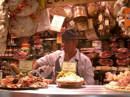 一周年記念!イタリアの市場その1 フィレンツェ_b0107003_1394410.jpg