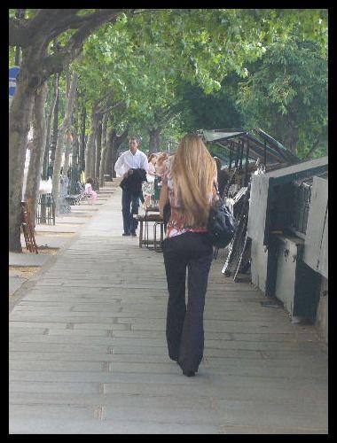 ■街角の人々(パリ)_a0008105_20383595.jpg