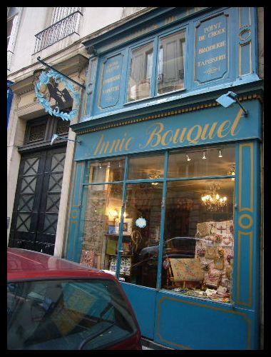 ■街角のブティック(パリ)_a0008105_9273718.jpg