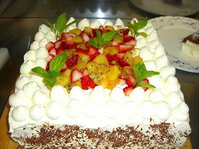ケーキカット!_f0111415_15122131.jpg