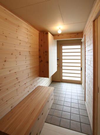 飯能の家21:完成:玄関周りのユニバーサル_e0054299_1652880.jpg