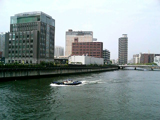 朝の堂島川の風景_a0004752_21402554.jpg