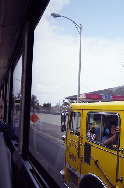 「ハワイ ワイキキで見かけた車達・・・」5月29日今日のショット_d0019260_6144878.jpg