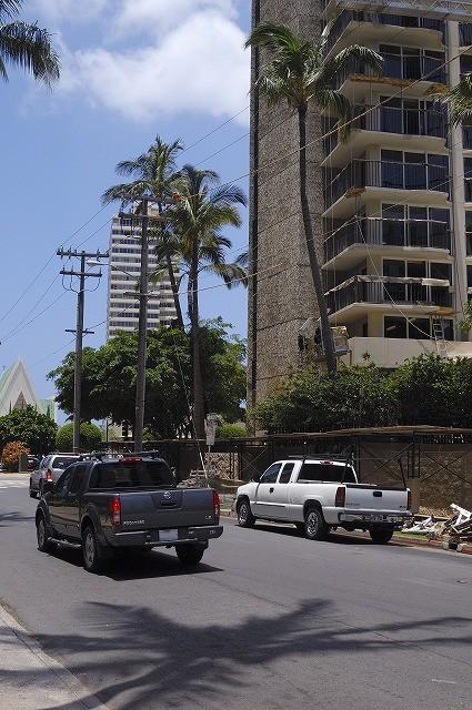 「ハワイ ワイキキで見かけた車達・・・」5月29日今日のショット_d0019260_6182597.jpg