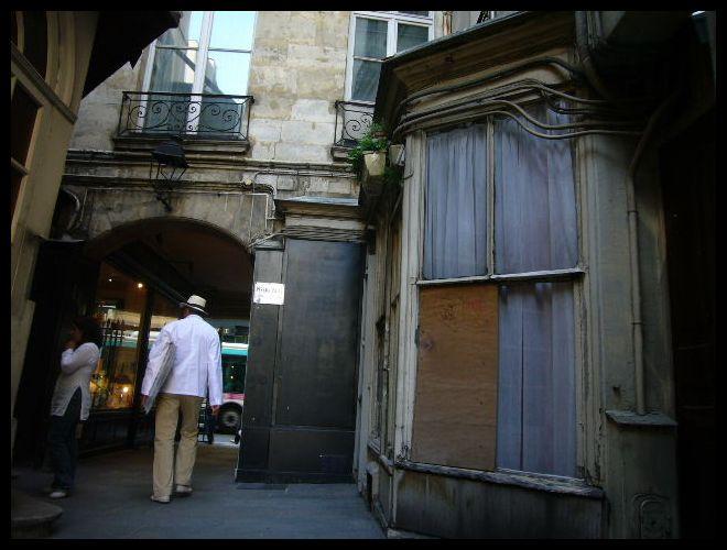 ■Le passage Beaujolais(パッサージュ)_a0008105_214310.jpg