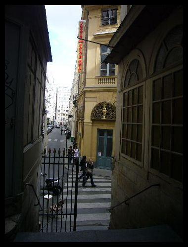 ■Le passage Beaujolais(パッサージュ)_a0008105_221590.jpg