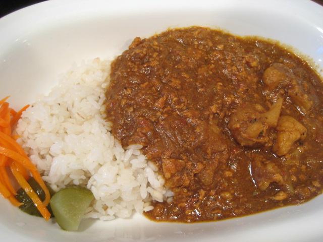 BERGの「五穀米と十種野菜のカレー」¥480@新宿_b0042308_0104241.jpg