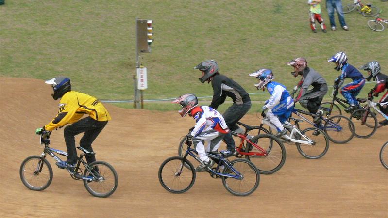 2007JBA定期戦R-2 ガゾタレ最終回 BMXオープンクラス準決勝〜決勝の画像垂れ流し_b0065730_21401745.jpg