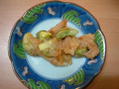 石坂製麺店 つつじヶ丘_a0018237_2351065.jpg