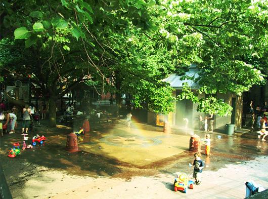 水遊びのできる公園_b0007805_1143825.jpg