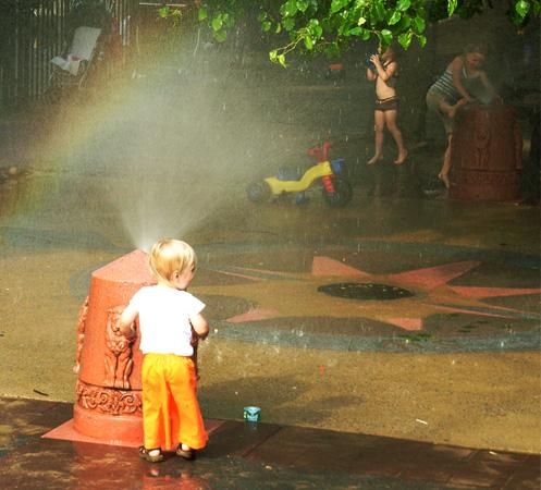 水遊びのできる公園_b0007805_1152885.jpg