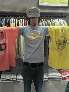 Tシャツ揃ってます。  (アメリカ村大阪店・ビンテージ&レギュラー)_c0078587_1229261.jpg
