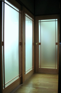 タペストリーガラスのデザインドアで快適リフォーム_e0010418_1855967.jpg