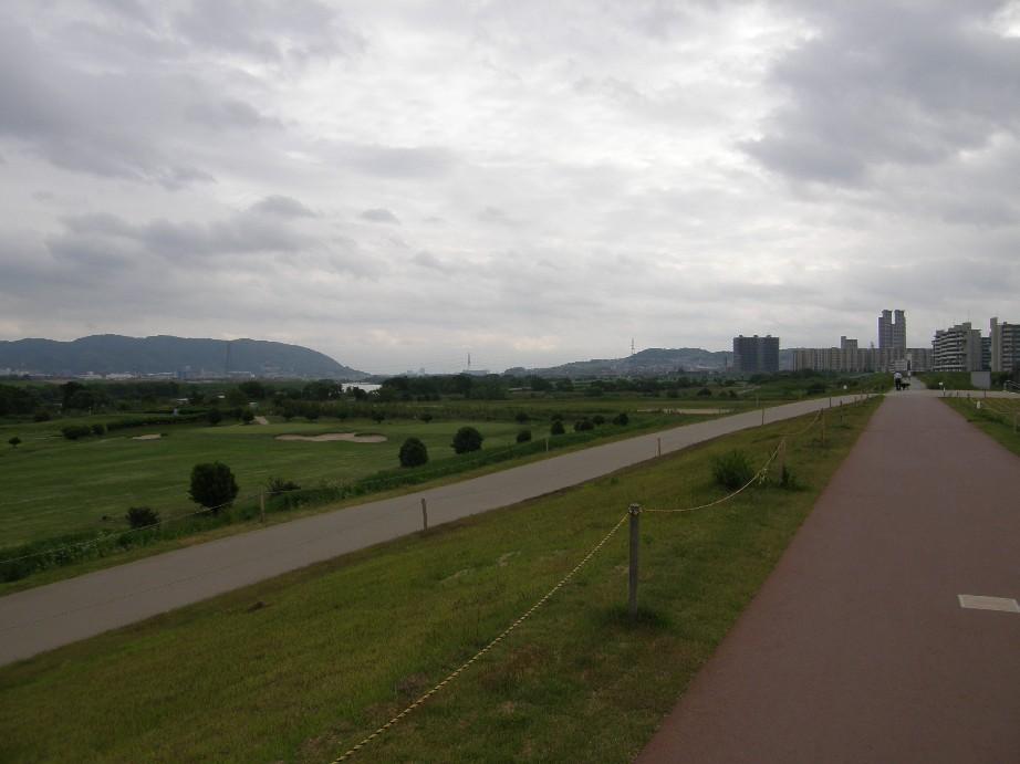 自転車で散歩_f0128542_4143812.jpg