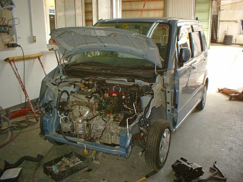 お車のボディーに付いた傷やヘコミを直しませんか^^?_e0125990_1653491.jpg