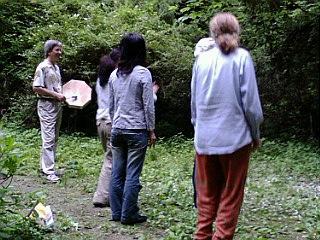 森の中のダンス_e0115301_2050921.jpg